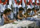 Chcete pomôcť rozvojovým krajinám? Kupujte trička vyrobené v sweatshopoch!