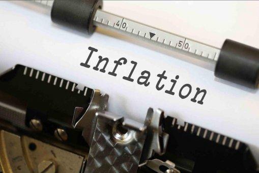Nie sú peniaze ako peniaze. Inflačný budík prebúdza centrálne banky a zlato