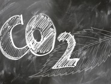 Štát kúpil tonu CO2 za 364 eur