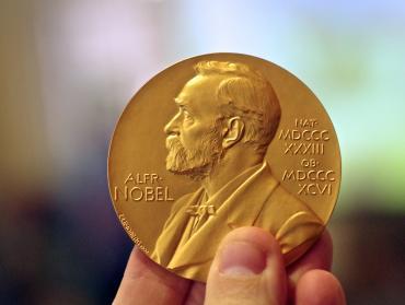 Dostanú piráti s torrentami Nobelovu cenu za ekonómiu?
